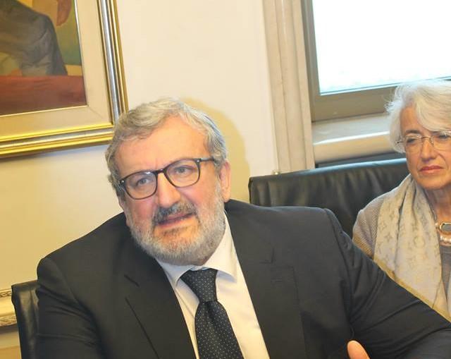 auguri -2016- Michele emiliano- presidente-