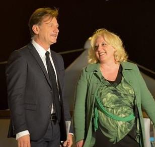 Maria Antonietta Calò con il noto giornalista tarantino Gianni Sebastio