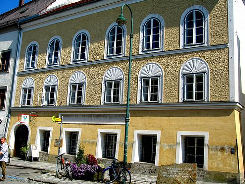 Braunau-am-Inn, la casa dove nacque Hitler