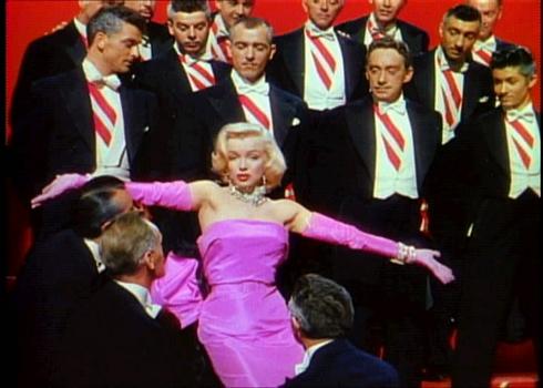 Gli uomini preferiscono le bionde; Marilyn