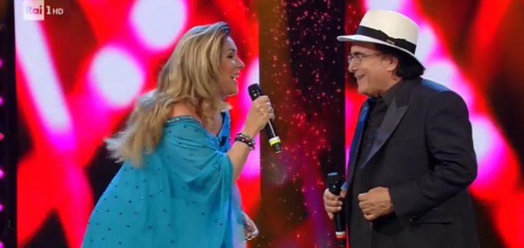 """Romina e Al Bano cantano """"FELICITA"""" a Standing ovation"""