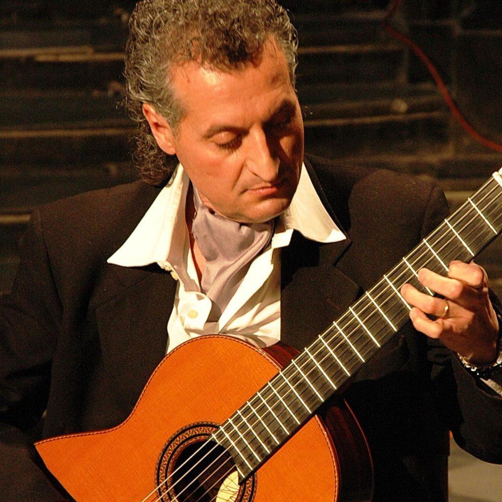 BARI- Il chitarrista Maurizio Colonna presenta la seconda ...