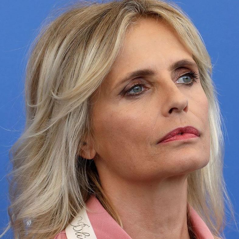 """Isabella Ferrari """"offesa"""". Vorrebbe Fare Sparire Dal Web"""